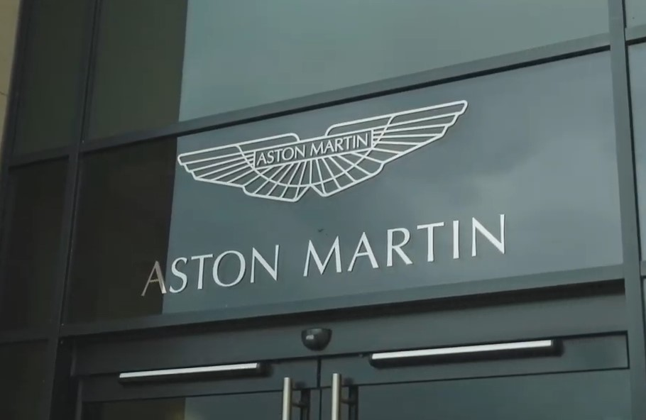Case study: Aston Martin a Phrifysgol Cymru y Drindod Dewi Sant