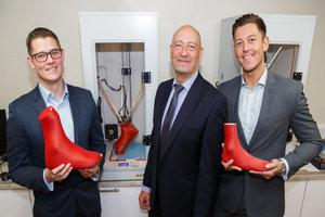 Tom, Bob and Paul Cooper and Dacey's customised 3D printers